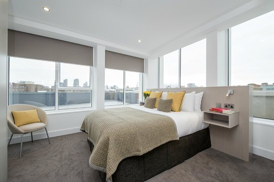 The Rosebery Aparthotel: The Rosebery Two Bedroom Suite
