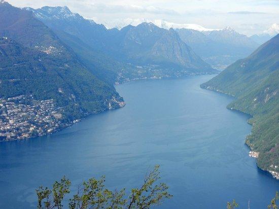 Funicolare Como-Brunate : View to the North 2