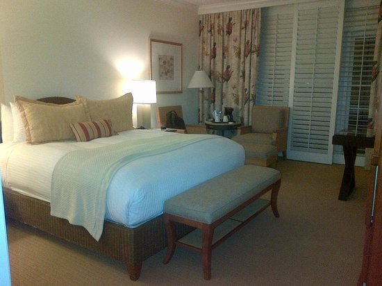 Balboa Bay Resort: King Room