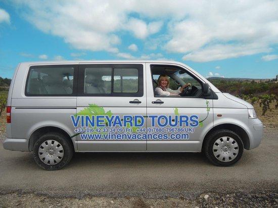 Vin en Vacances Tours: Tour bus
