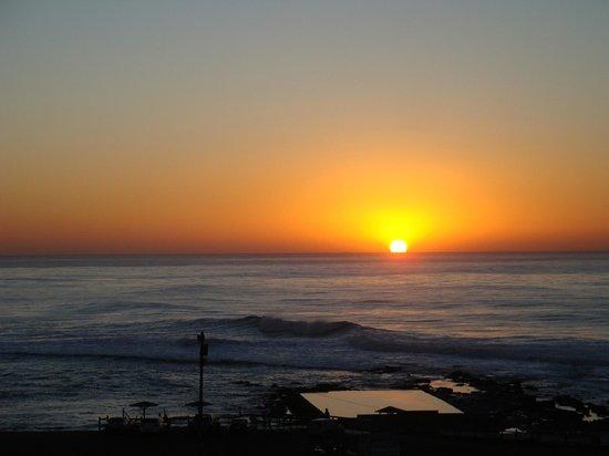 Breaker View: Magnificent sun rises