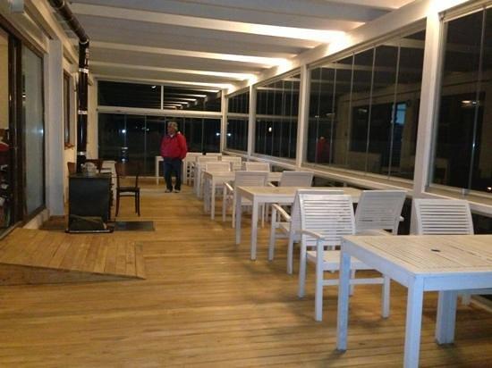 Yelken Cafe: kışlık hale gelmiş yelkenin yeni hali...