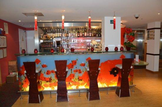 le bar picture of ibis lyon part dieu les halles lyon tripadvisor rh tripadvisor co za