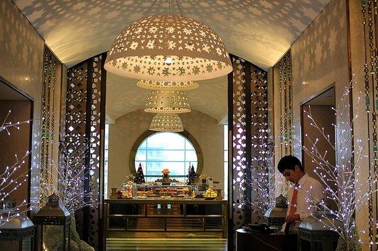 Phoenicia Hotel: Dining Room