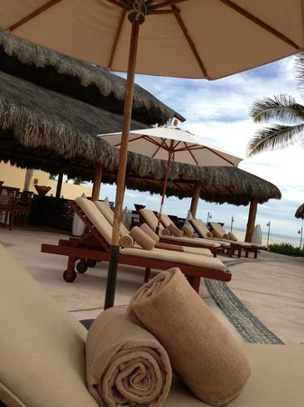 Casa del Mar Golf Resort & Spa: sunloung