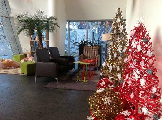 Novotel Suites Lille Europe hotel: Lounge