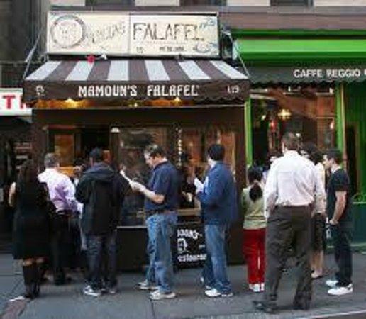 Mamoun's Falafel: Typical day at Mamoun's