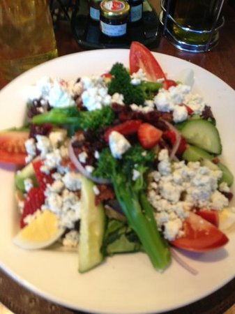 Sheraton Dallas Hotel: Awesome Chopped Salad in the hotel Restaurant