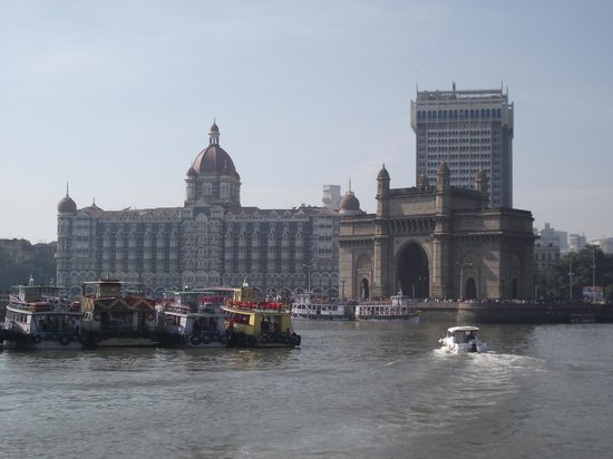 Elephanta Caves: View of The Gateway of Indi and the Taj from the boat