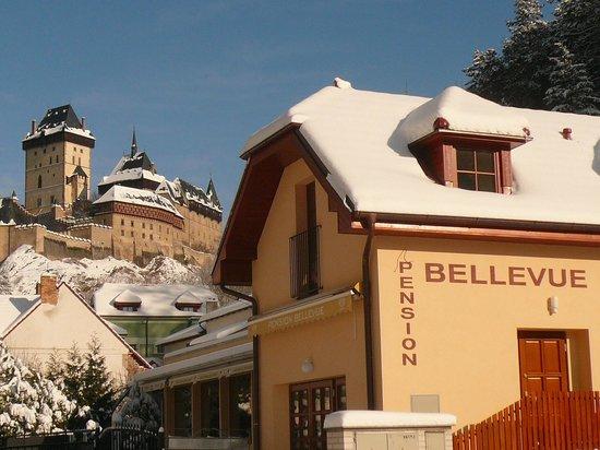 Pension Bellevue: winter in Karlstejn