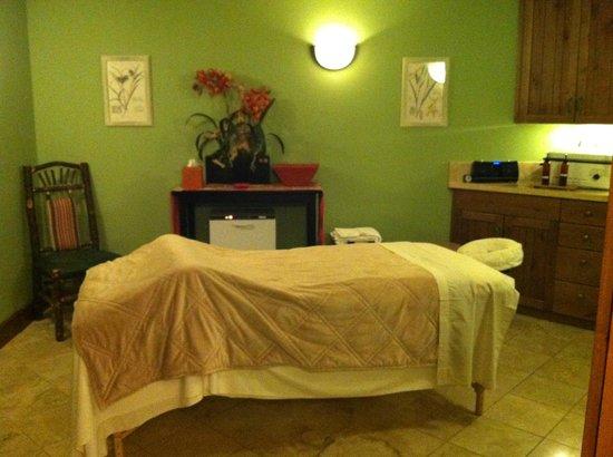 Sena Spa at the Teton Club: Massage Table