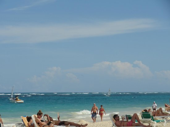 Hotel Riu Naiboa: playa.................