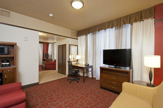 Hilton Garden Inn Milwaukee Downtown Updated 2018 Hotel Reviews Price Comparison Wi