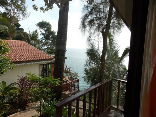 Chang Cliff Resort: View from balcony