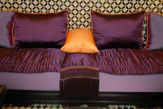 Dar Attajalli: Salon Marocain