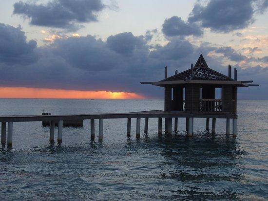Lost Paradise Inn: 22/11/2012 