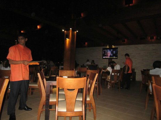 The Sea House - Maldives: restaurant