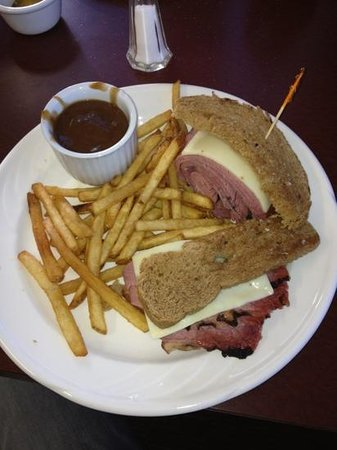 Norman Wells, Kanada: Montreal steak and cheese sandwich.....Awesome!!!