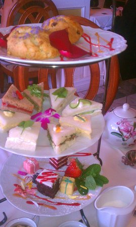 Scarlet Tea Room: Afternoon Tea