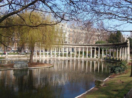 Парк Монсо: Parc Monceau