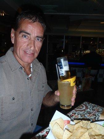 Chili's Grill & Bar -S. Semoran Blvd: JD Tennessee Whiskey, hand shaken with Triple Sec, fresh lemon sour & a Corona