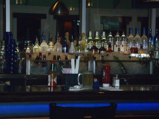 Chili's Grill & Bar -S. Semoran Blvd: Wish Canadian bars kept the beer cold like this!