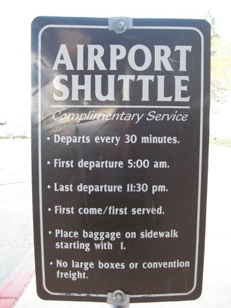 Grand Sierra Resort and Casino: Free Airport Shuttle Service