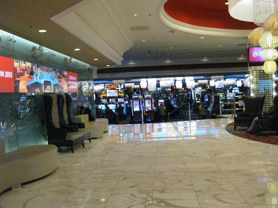 Grand Sierra Resort and Casino: Lobby Area