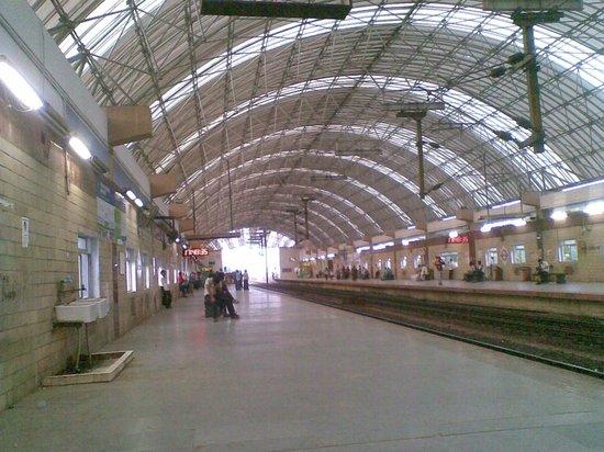 Mylapore: Tirumayilai MRTS Station