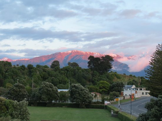 ‪‪Kaikoura Apartments‬: Early Morning