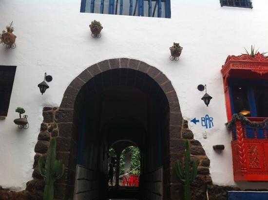 Milhouse Hostel Cusco: durchgang