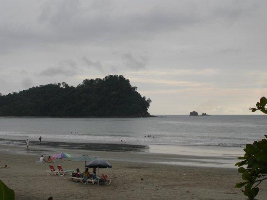Hotel Bosque del Mar Playa Hermosa: beach front