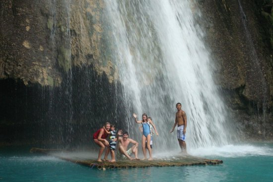 The Blue Orchid Resort: waterfall