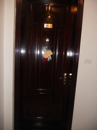 Hanoi Meracus Hotel 1: Our door with christmas decoration