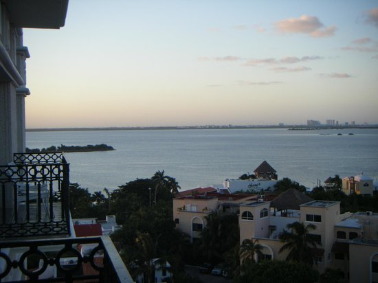 Sandos Cancun Luxury Resort: balcony view