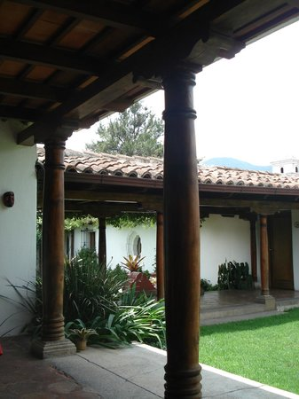Mansion del Pensativo: ...walking the grounds