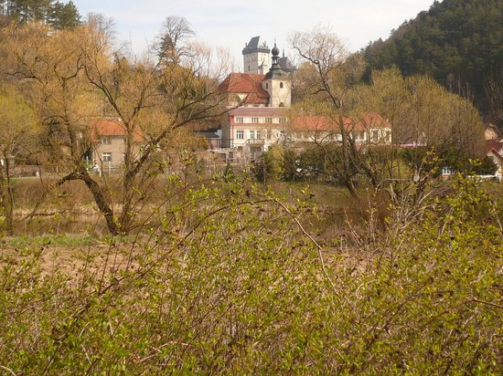 Pension Bellevue : Karlstejn Spring