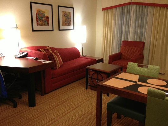 Residence Inn by Marriott Helena: Couch