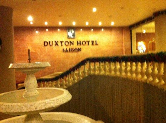 โรงแรมดักตอนไซ่ง่อน: Entrada do hotel
