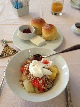 Hotel Infante Sagres: Café da manhã