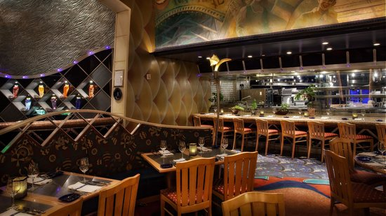 Flying fish orlando restaurant reviews phone number for Fish restaurant orlando