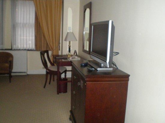Warwick New York Hotel: Mi habitación en la 3ª planta
