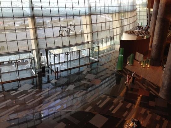 ARIA Resort & Casino: Back lobby