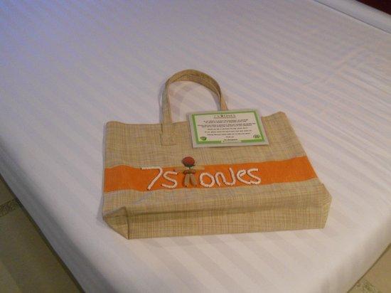 7Stones Boracay Suites: 7 Stones Bag