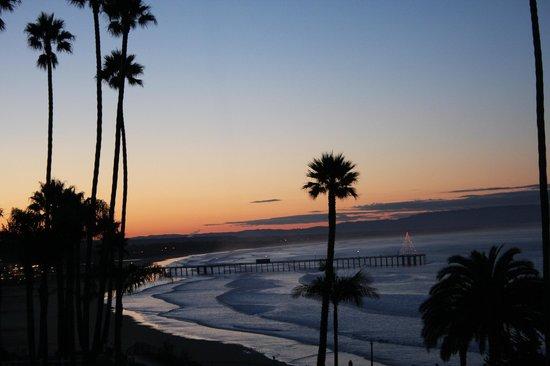 SeaCrest OceanFront Hotel: sunrise from rm. 315