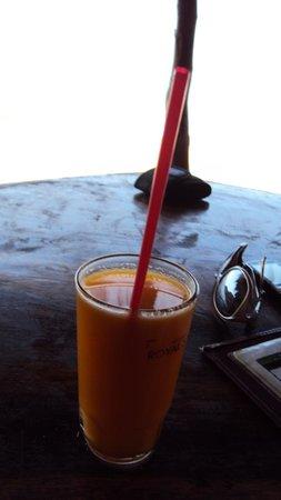 Blue Lagoon Resort Cola Beach: Fresh Juice