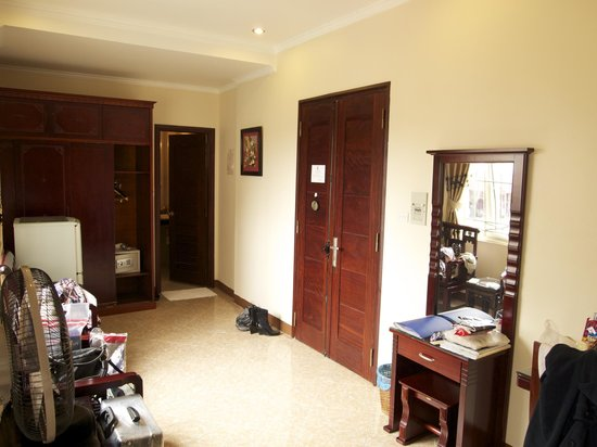 Hanoi Old Centre Hotel: family room