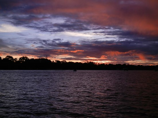 A'Zambezi River Lodge: Sunset over the Mighty Zambezi