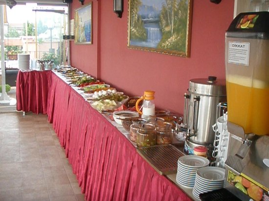 Breakfast picture of big apple hostel hotel istanbul for Nobel hostel istanbul