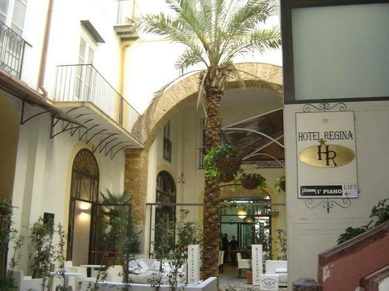 Photo of Hotel Regina Palermo